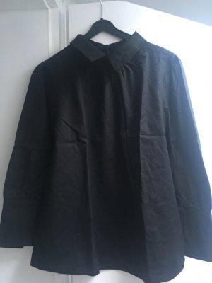 Bluse schwarz mit Kragen Gr. M