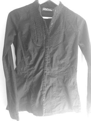 Bluse schwarz mit Spitze und Rüschen