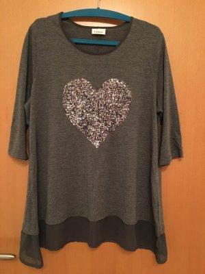 Bluse / Shirt mit silber Pailletten Herz. Gr. 44