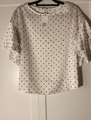 Bluse/ Shirt mit Volantärmel