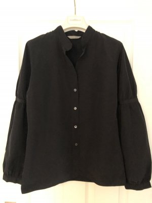 Turnover Stand-Up Collar Blouse black