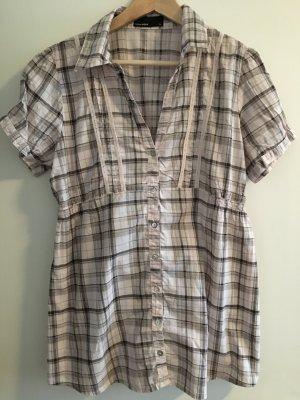 Bluse von Vero Moda in Größe XL.