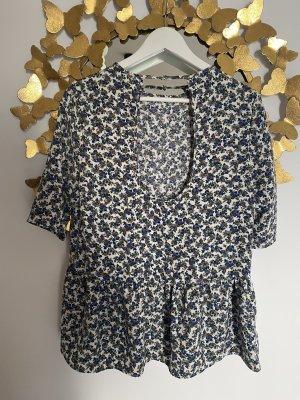 Bluse von Zara mit Blümchenmuster