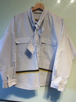Bluse ZARA Basic M, gestreift mit Bindekragen