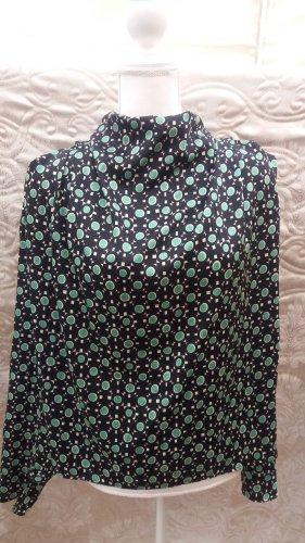 Bluse Zara,Gemusterte Ellegante Bluse 35 Euro 39,95 EUR Schwarz mit Grüne Punkte Bluse mit hohem Kragen. Lange Ärmel. Geraffter Schulterbereich. Verdeckter Reißverschluss an der Rückennaht. Große 177 cm