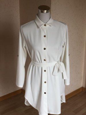 Shirtwaist dress white