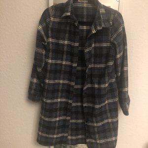 Camisa de franela azul oscuro-blanco