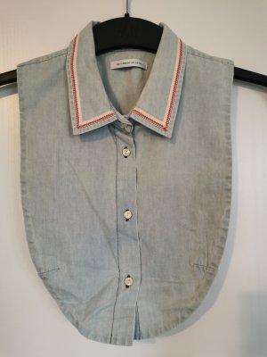 Seulement en detail Cols de blouses bleu pâle