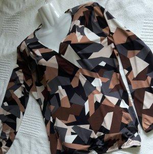 Blusenshirt mit V Auschnitt Extravagant Camouflage