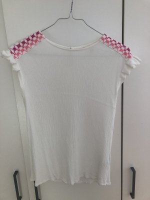 Blusenshirt weiß mit verzierter Schulter von Koton
