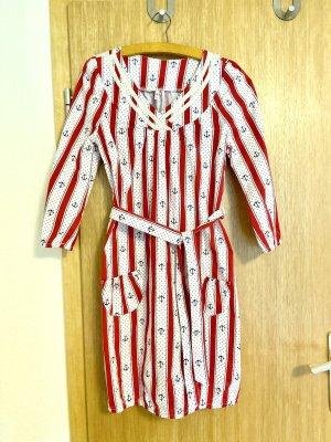 Blutsgeschwister Robe d'été blanc-rouge clair coton