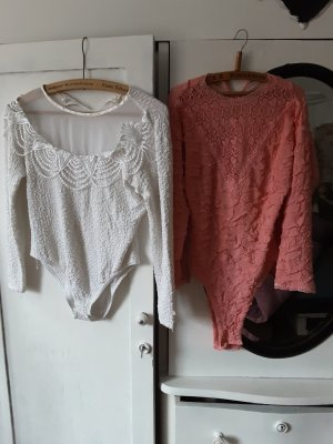 0039 Italy Pull en crochet blanc-saumon