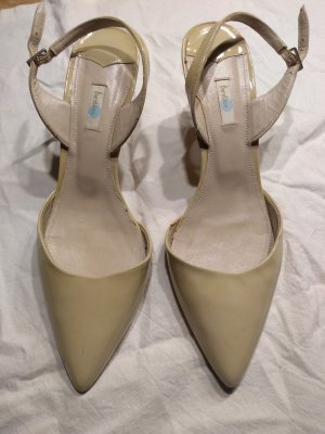 Boden Pointed Toe Pumps cream