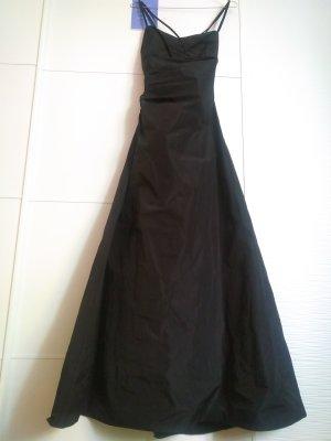 Bodenlanges Abendkleid mit tiefem Rückenausschnitt von Vera Mont