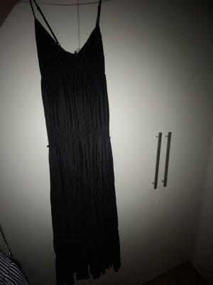 Bodenlanges Kleid in schwarz
