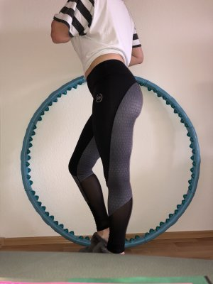 Body engineers workout leggings