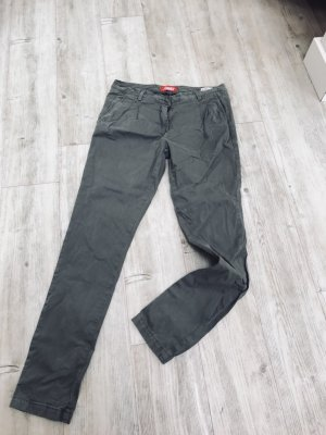 Body Fit Bundfaltenhose
