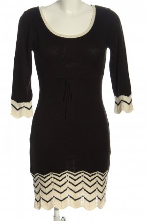 BODY FLIRT Robe pull noir-blanc cassé motif rayé style décontracté