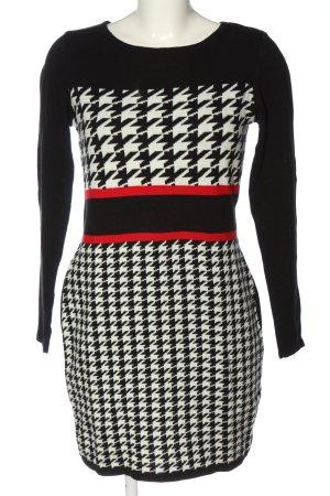 BODY FLIRT Pulloverkleid schwarz-weiß grafisches Muster Casual-Look