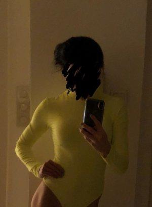 Bershka Blusa tipo body amarillo neón