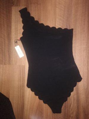 Blusa tipo body negro
