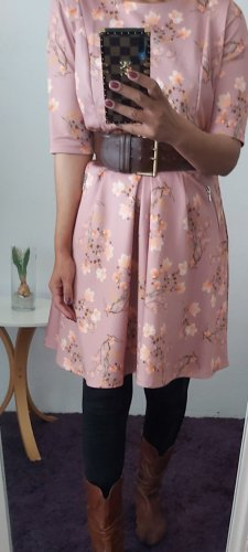 Bodyflirt Sukienka midi różany