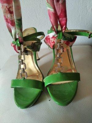 Bodyflirt Sandaletten mit Bändern