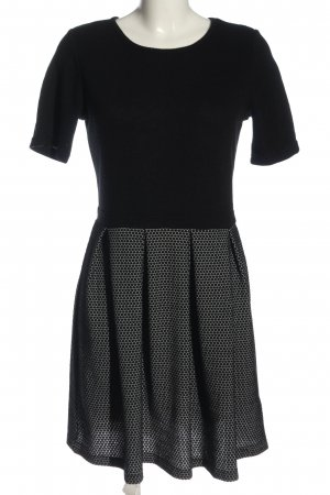 Bodyflirt Knitted Dress black spot pattern casual look