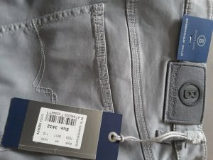 Bogner Jeans neu silbergrau W34/32 slim fit 44