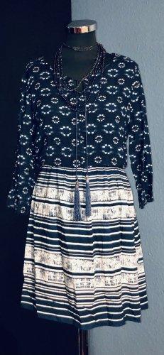 Sukienka boho biały-ciemnoniebieski