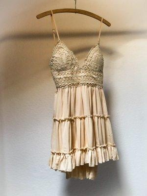 JOTT Szyfonowa sukienka kremowy