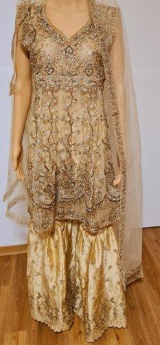 Aus Indien Sukienka z baskinką złoto