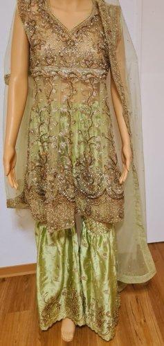 Aus Indien Robe péplum multicolore