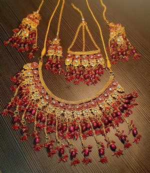Aus Indien Zestaw biźuterii złoto-ciemnoczerwony