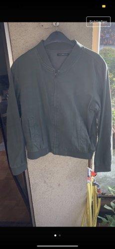 Brandy & Melville Bomber Jacket khaki