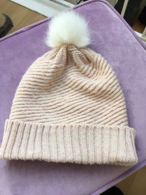 Review Knitted Hat multicolored