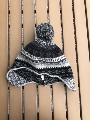 Benetton Bobble Hat multicolored