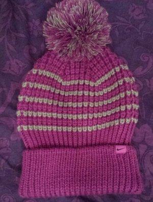 Nike Chapeau en tricot gris-violet