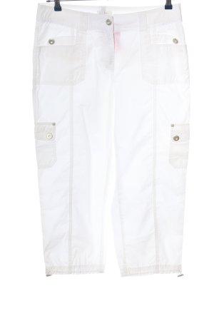 Bonita Pantalón pirata blanco look casual