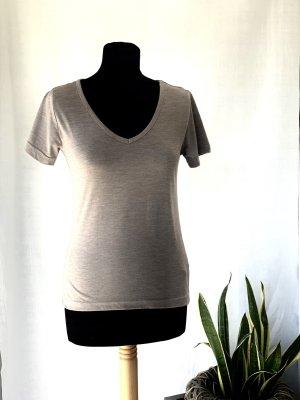 Boohoo Basic T-shirt mit V-Ausschnitt