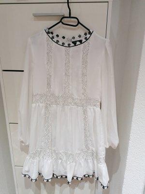 Boohoo Kleidchen