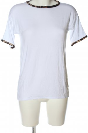 Boohoo T-Shirt white leopard pattern casual look