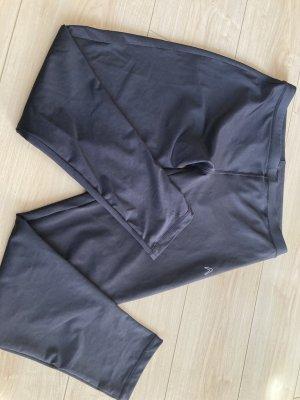 Boomerang Sport Hose neuwertig 40 Bundbreite ca. 38 cm Außenbein Länge ca. 88 cm Innenbeinlänge ca. 65 cm