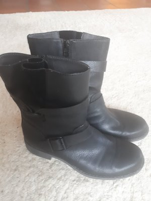 Esprit Short Boots black leather