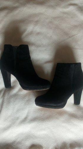 Booties in Black