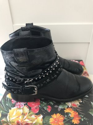 Alberto Gozzi Chelsea Boots black leather