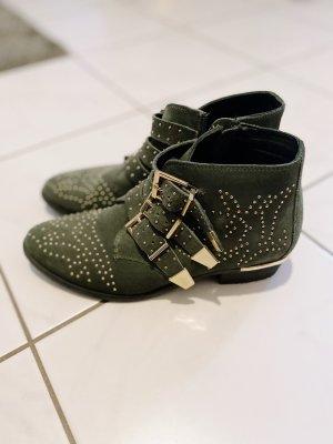 Boots a la Chloé