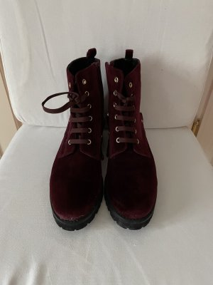 Boots Aigner