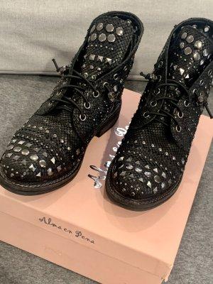 Alma en Pena Chelsea Boots black