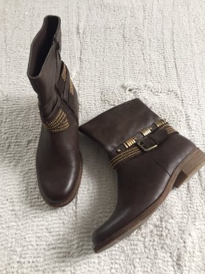 Boots / dunkelbraun / Gr. 39 / NEU